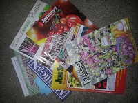 pic of pile of garden mags