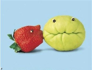 silly-kissing-fruit