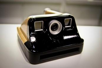 polorid camera